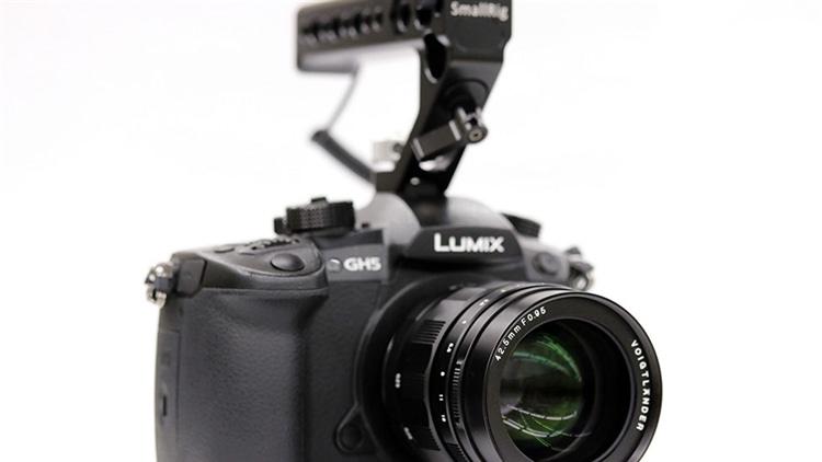 動画向きカメラ、レンズ