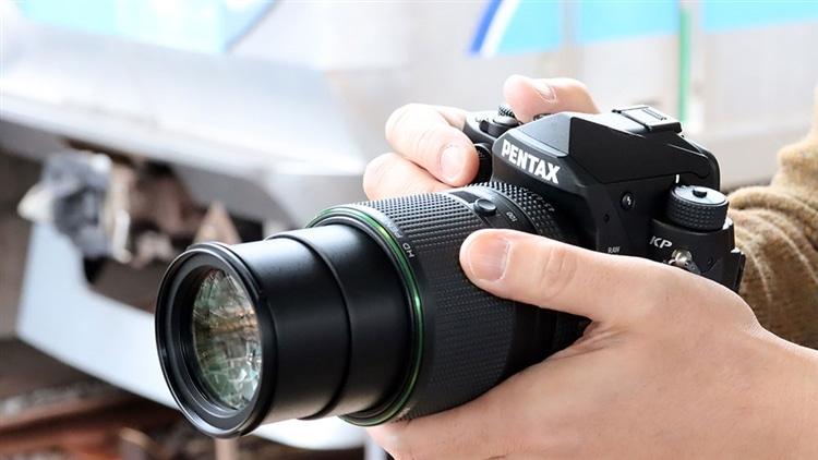 HD PENTAX(ペンタックス)-DA 55-300mmF4.5-6.3ED PLM WR RE 背景東西線