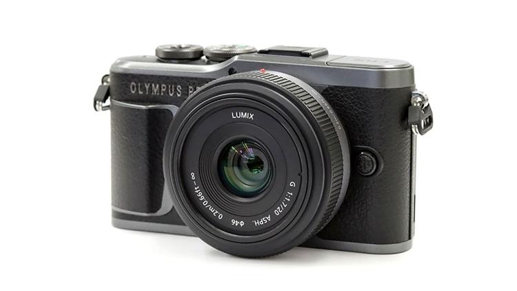OLYMPUS PEN E-PL10 + LUMIX G 20mm / F1.7 ASPH.