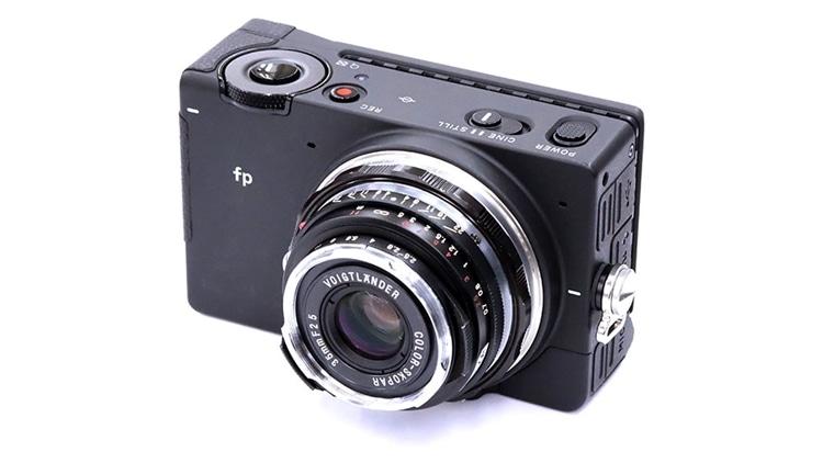 SIGMA fp + Voigtlander(フォクトレンダー) COLOR-SKOPAR 35mm F2.5 P II VM