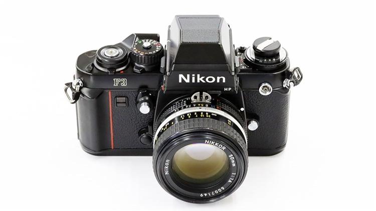 Nikon(ニコン) F3 + Ai50mm f1.4s 本体1