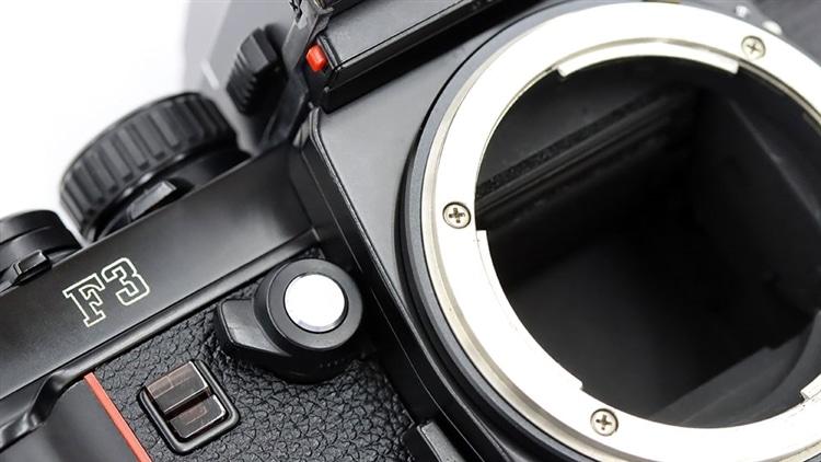 Nikon(ニコン) F3 ミラーUP
