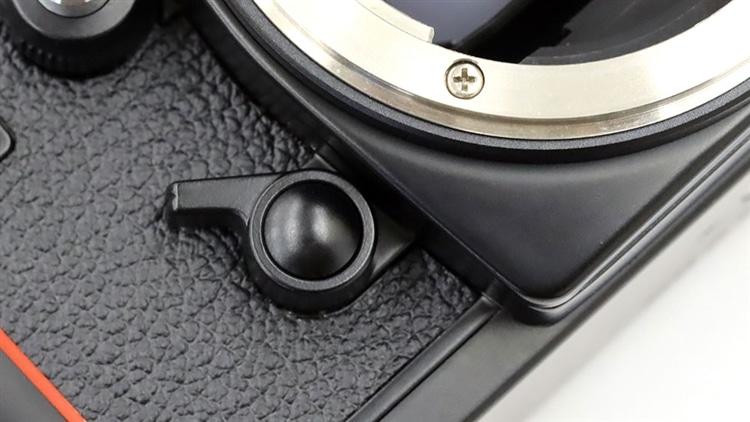Nikon(ニコン) F3 緊急用機械シャッター