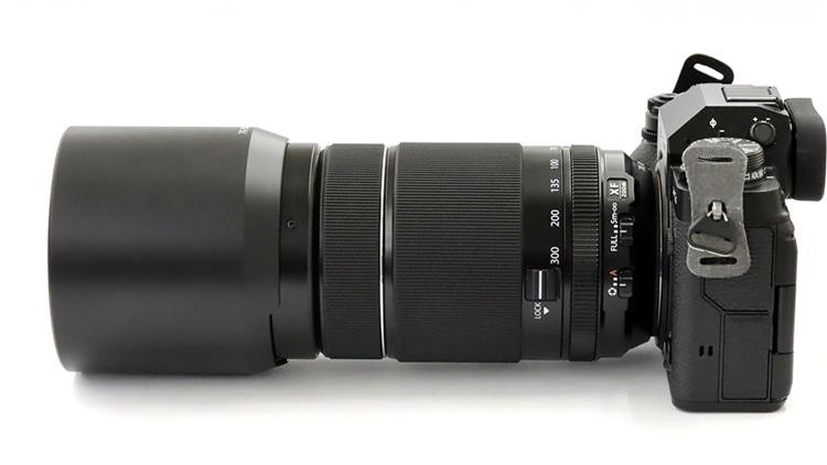FUJIFILM(富士フイルム) X-T4 + フジノンレンズ XF70-300mmF4-5.6 R LM OIS WR 本体3