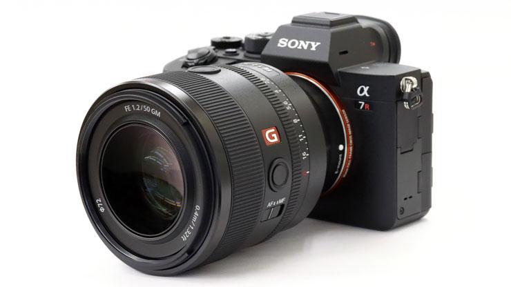 SONY(ソニー) α7RIV + FE 50mm F1.2 GM 本体1