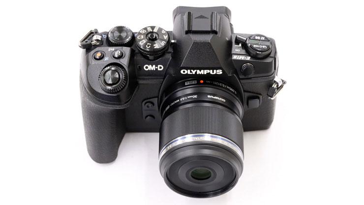 OLYMPUS(オリンパス) M.ZUIKO DIGITAL ED 30mm F3.5 Macro 本体2