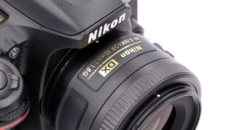 Nikon(ニコン) AF-S DX NIKKOR 35mm f/1.8G 本体1