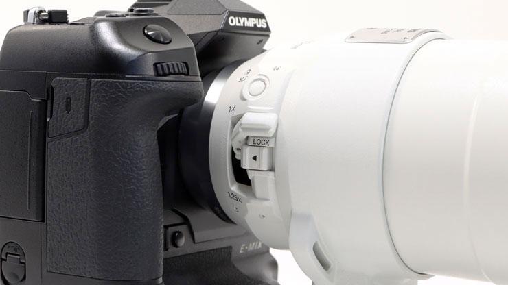 OLYMPUS(オリンパス) M.ZUIKO DIGITAL ED 150-400mm F4.5 TC1.25x IS PRO 本体4