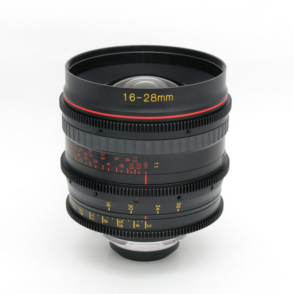 1628 T3 CINEMA LENS(PL) feet